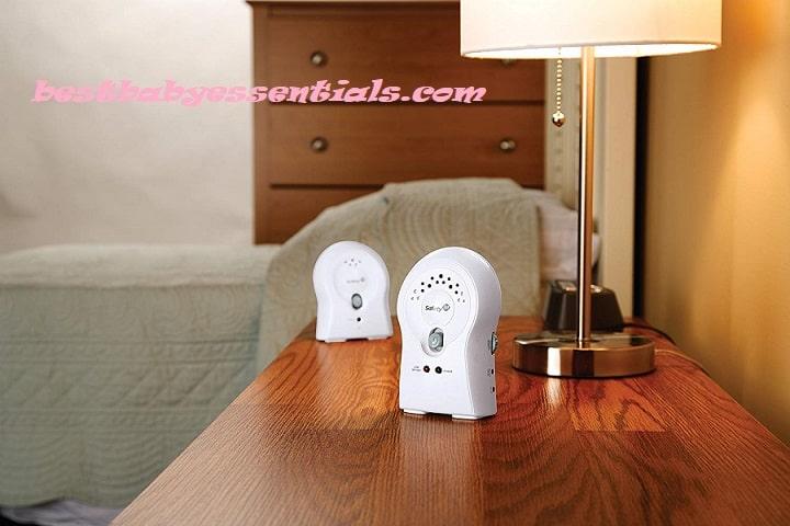 Motorola Baby Monitor – Digital Video Baby Monitor with 2 Cameras, 3.5 Inch LCD Screen